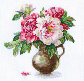 Blooming Garden Peonies Aida Alisa Telpakket