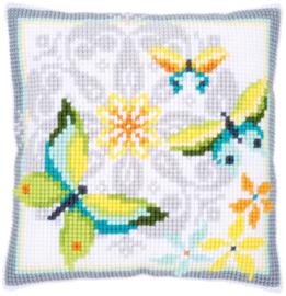 Vlinders met Bloemen Kruissteekkussen Vervaco