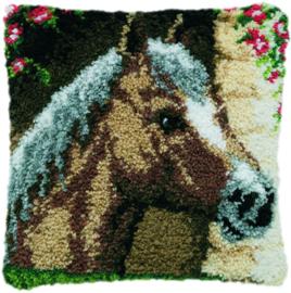 Paard in stal Knoopkussen Pako