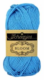 Bloom 417 Delphinium Scheepjes