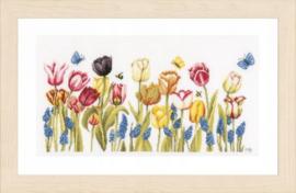 Tulips Eavenwave Borduurpakket Lanarte
