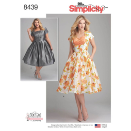8439 AA Simplicity 36 - 44
