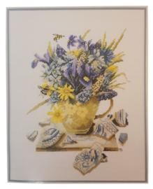 Violet Bouquet Aida Marjolein Bastin Lanarte