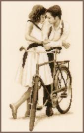 Koppel met fiets Aida telpakket Vervaco