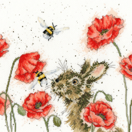 Let It Bee Aida Wrendale Designs by Hannah Dale Bothy Threads Telpakket