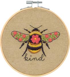 Bee kind Eavenwave telpakket met borduurring - Dimensions