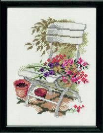 Borduurpakket tuinstoel met veldboeket Pako