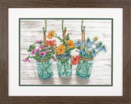 Flowering Jars Aida Dimensions Telpakket