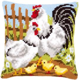 Kippenfamilie op de Boerderij Kruissteekkussen Vervaco