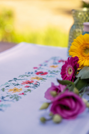 Frisse bloempjes bedrukte loper Vervaco