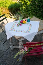 Frisse bloempjes Bedrukt tafelkleed met ingeweven boord
