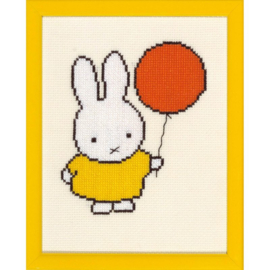 Miffy with a Balloon Aida Pako