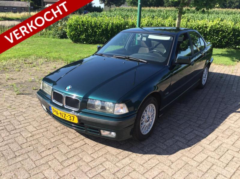 BMW 316i Sedan