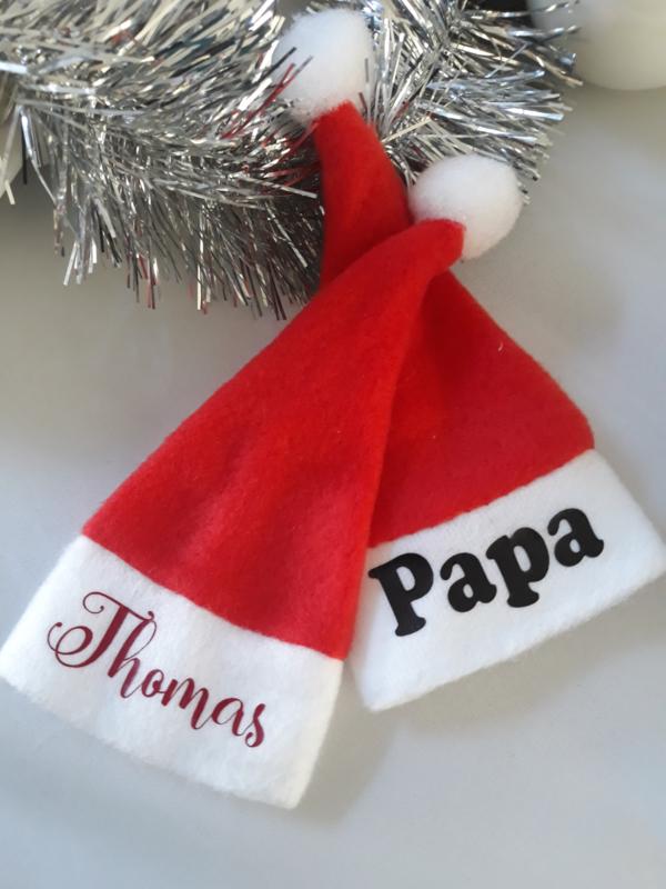 Kerstmutsjes Mini met naam   Wijnfles