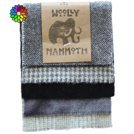 Woolly Mammoth set 2 Blacks WM002