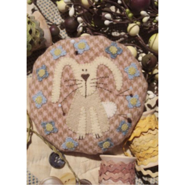 Betty Bunny Pincushion patroon