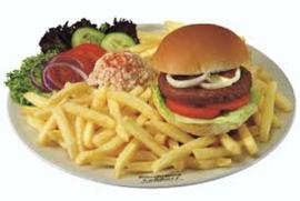 Patat groot bord met een broodje hamburger varkens inc. mayonaise of ketchup