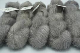 So Soft Suri Silk Shadow
