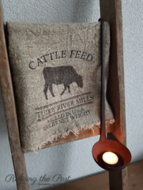 Linnen doek 'cattle feed'