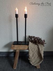 Handgesmede tafelkandelaar zwart