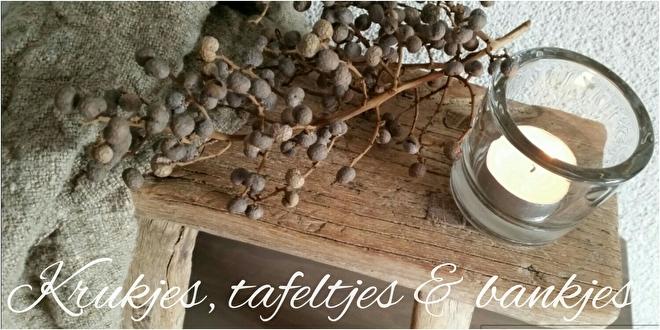 Authentieke oud houten krukjes & bankjes | Reliving the Past