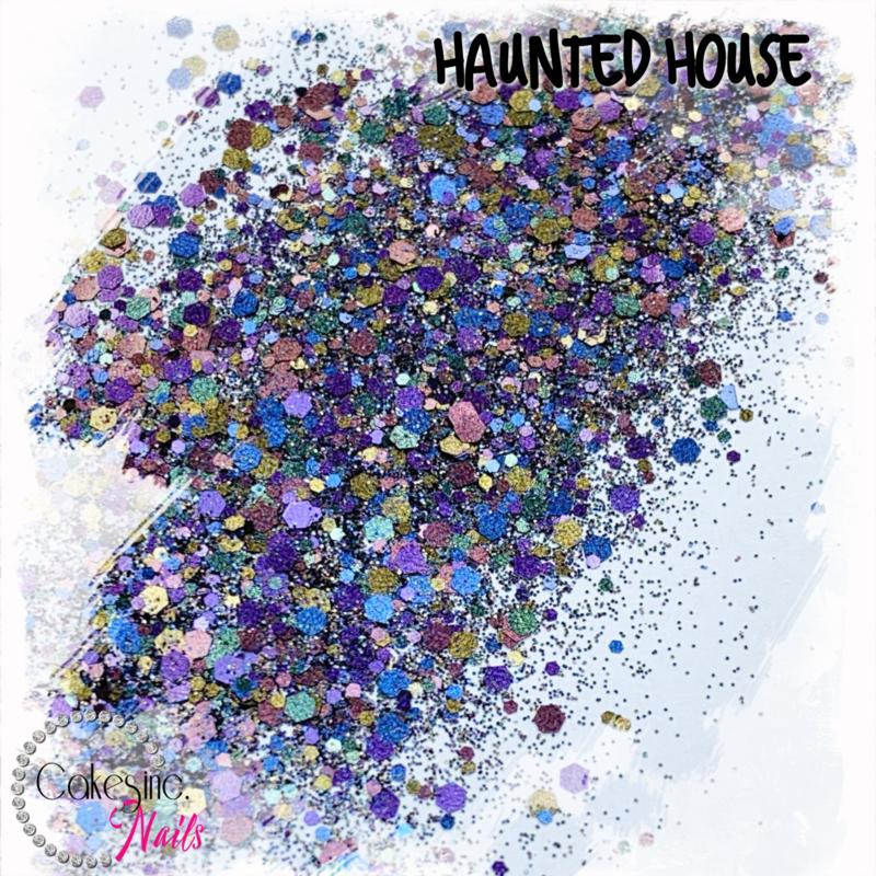 Glitter.Cakey - Haunted House