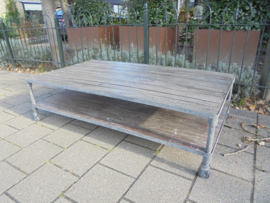 Unieke Industriele Blackwash Coffeetable/Salontafel uit USA