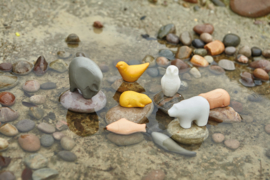 Yellow Door - Speeldieren Sensory Play (set van 8 stenen)
