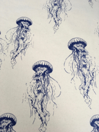 Eco cotton jellyfish