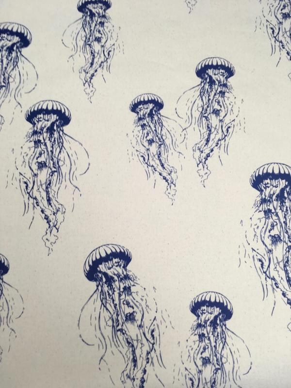 Eco cotton jellyfish