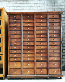 Antique wooden drawercabinet