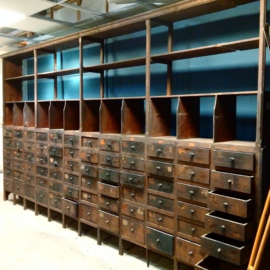 Grande apothecary cabinet