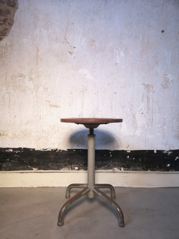 Industrial height adjustable stool