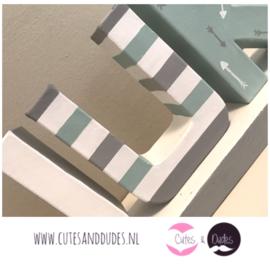 Blokletters: mint/grijs/wit
