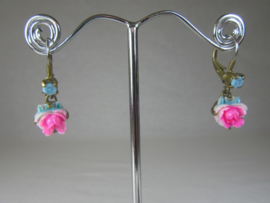 EARRINGS WITH ROSE PENDANT