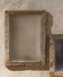 Spiegel uit oud truckwood