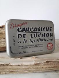Oud blikje Carcarisme Dragees