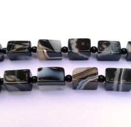 Agaat rechthoekig zwart-grijs 15 x 10 x 10 mm