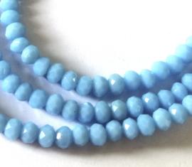 Kristal rondel  facet geslepen 3 x 4 mm, licht blauw