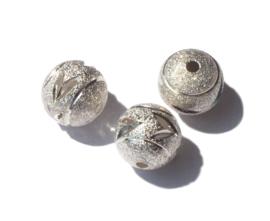 11 mm Zilverkleur rond tussenstuk 3 st.