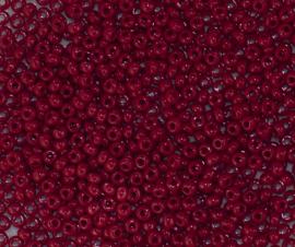PRECIOSA ORNELA rocailles 9/0  93310 donker rood ca. 50 g.