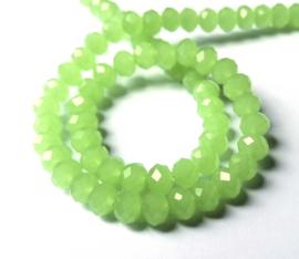 Kristal rondel  facet geslepen  6 x 8 mm Licht groen