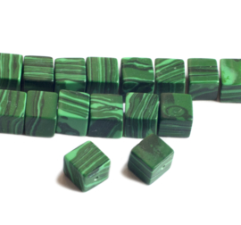 Malachiet kubus 8 x 8 x 8 mm kralen