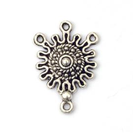 Metalen verdeler diameter ca. 18 mm, oud zilverkleur