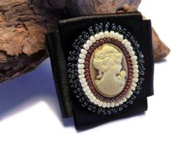 Bead embroidery broche 'DREAM'