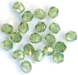 Tsjechische glas facetkralen groen (4 mm)