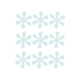 Licht blauwe bloemetjes muurstickers - 9 stuks - 6x6cm