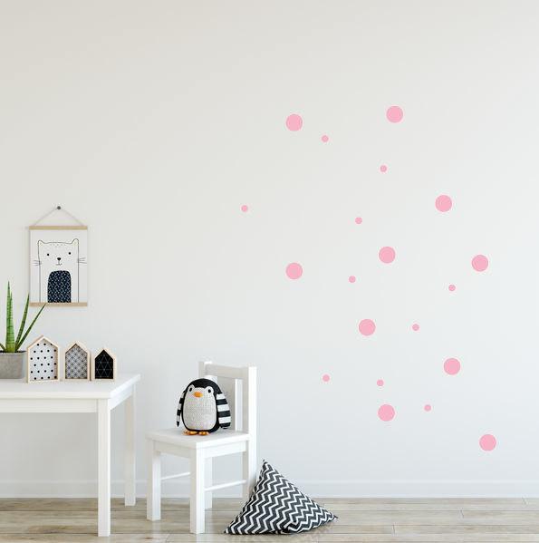 roze stippen muurstickers