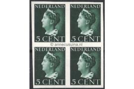 Nederland NVPH 332v Postfris (5 cent) (Blokje van vier) Koningin Wilhelmina (Konijnenburg) 1940-1947