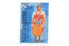Zonnebloem 58 Postfris (75 cent) Surinaamse klederdrachten zoals deze bij bepaalde feestelijkheden worden gebruikt 1977